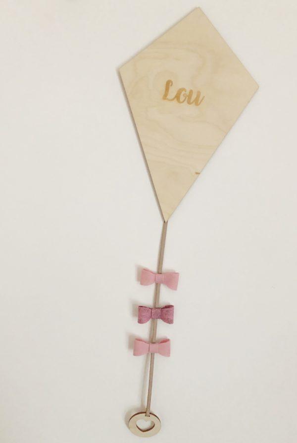 houten vlieger met naam