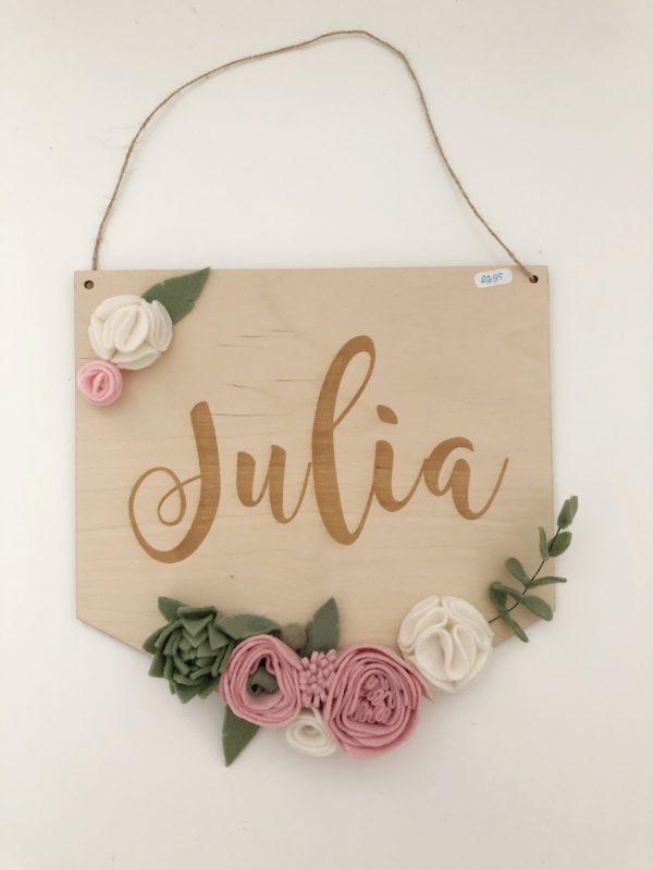 Naambordje Julia