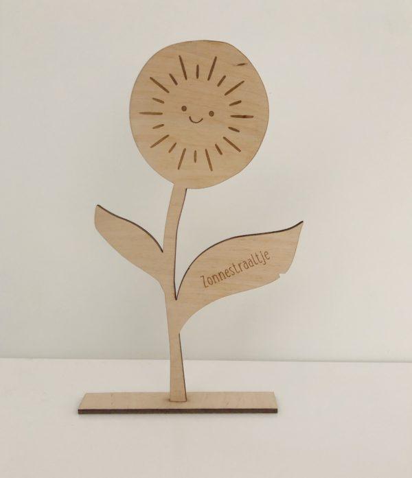 Houten zonnestraal bloem