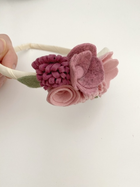 diadeem viltenbloemen